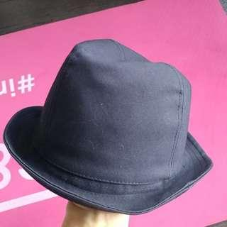 Gap Hat 99% New