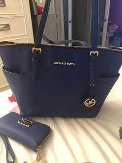 Michael Kors Bag with matching wallet