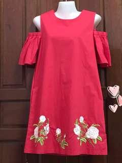 CNYRED Embroidered Dress