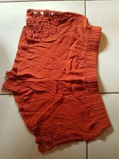 Side laced shorts