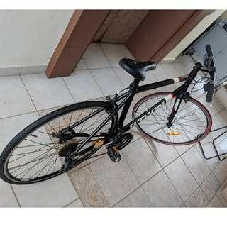2 Year old Triban 500 Bike from Decathalon in excellent condition - Brand new tyres and Ergonomic comfortable seat cushion