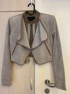全新BCBG猄皮外套