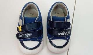 Size 14 Mickey mouse shoes