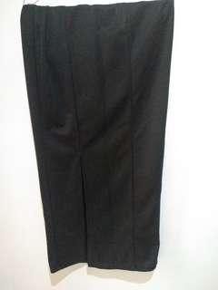 Rok span hitam / pencil skirt