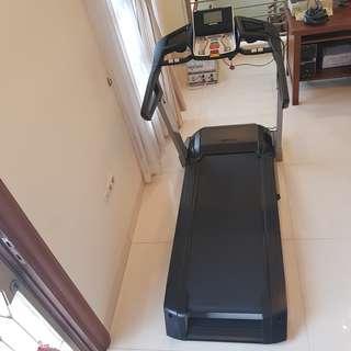 Treadmill kettler track performance