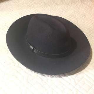 J.crew Navy color hat 深藍色帽