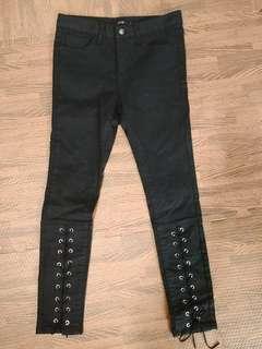 黑色牛仔褲 小腿綁繩