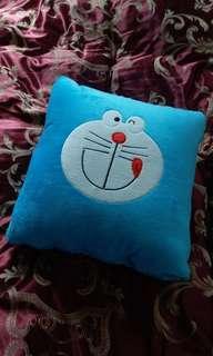 unwanted gift: 全新多啦A夢 冷氣被 Doremon cushion blanket