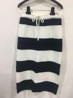 全新韓製質料好針織長裙