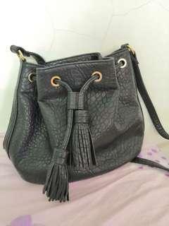 Mixxo - black bag