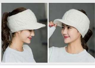 全新毛線空顶針織帽 NEW Knitted hat