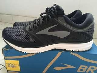 Brooks Revel Running Men like new
