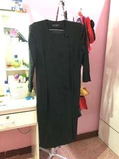 Dress hitam Givenchy