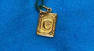 New Year Good Buy (916 Golden Locket, C ) 🇸🇬🇸🇬🇸🇬
