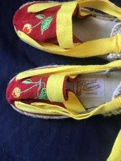 法國手工繡花布鞋 French handcrafted embroidered shoes