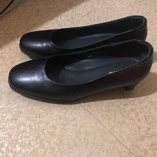 🚚 La new上班跟鞋