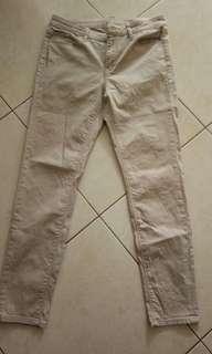 Preloved celana uniqlo