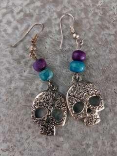 REDUCED- Skull earrings