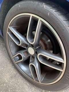 Original Caractere rim and tire