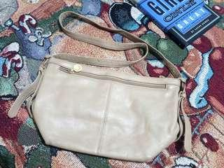 Stone Mountain Pebbled Leather Sling Bag/ 101% Authentic/ Selling low👌
