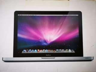 MacBook 13-inch LED-backlit wide-screen notebook