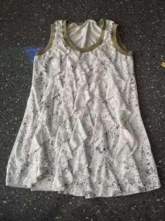 Pre-loved white patterned blouse