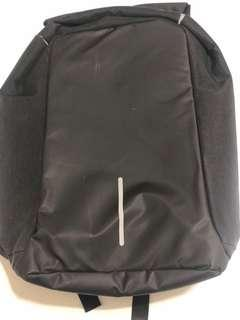 Anti-theft backpack for laptop