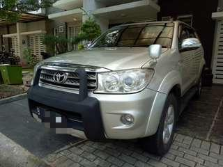 Toyota Fortuner Diesel G AT 2010 Akhir Pajak Panjang Terawat