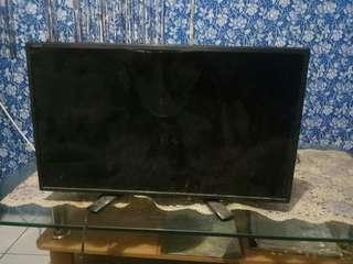TV LED SHARP 24inc RP:400  LC-24LE1751-TT