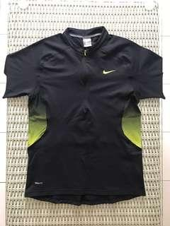 4d9e76e9c Nike💯% Authentic mandarin-collar fit dry running shirt for SGD$17 (size
