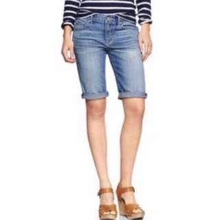 BNWOT GAP Skinny Bermuda Denim Shorts