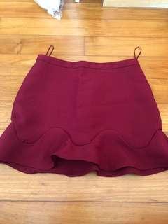 Maroon short skirt