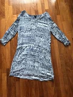 H&M dress - Fits L XL