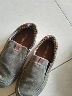 Coolteen boy shoes (size 33)