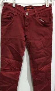 Celana jeans perempuan