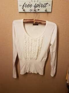 white sweater fit to body