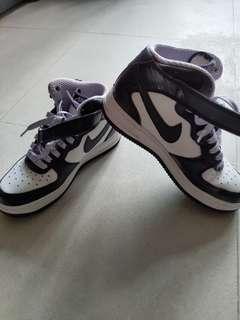 Nike Air Force 1 US5Y