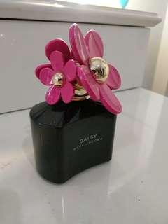 Marc Jacobs Daisy Black