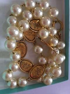 Pearl Necklace Chanel vintage