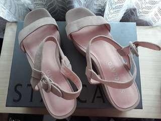 New !! Staccato Wedges