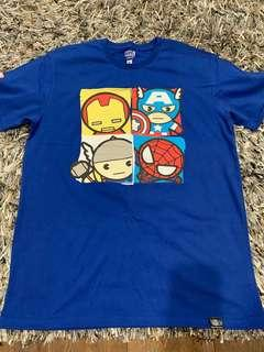 🚚 Marvel Avengers T shirt Size XL