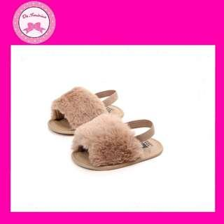 🎀 New Arrival! Instock Brown Faux Fur Baby Sandals