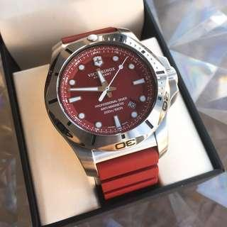 Victorinox I.N.O.X. Professional Diver in Red