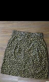 OshKosh Leopard Printed Highwaist skirt
