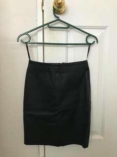 Kookai capri leather skirt