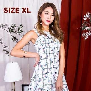 🚚 BNWT MGP Label Lendra Floral Dress in White