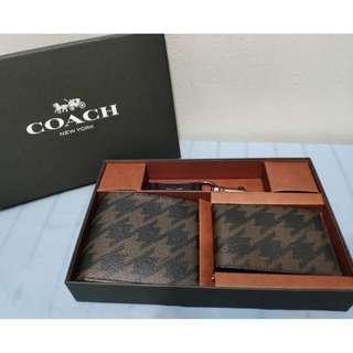 COMPACT ID WALLET GIFT SET WITH HOUNDSTOOTH PRINT #CNYGA