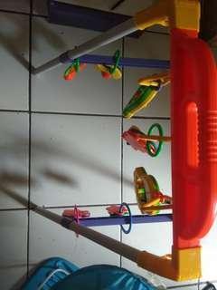 Play gym,no minus ada musiknya bisa buat bantu jalan anak masih lengkap ada dusnya