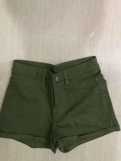 (Preloved) green army short