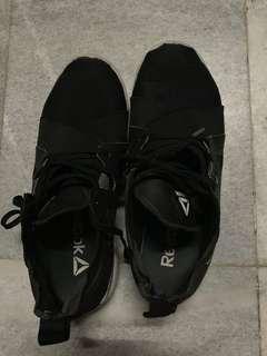Sepatu anak bekas original Reebok